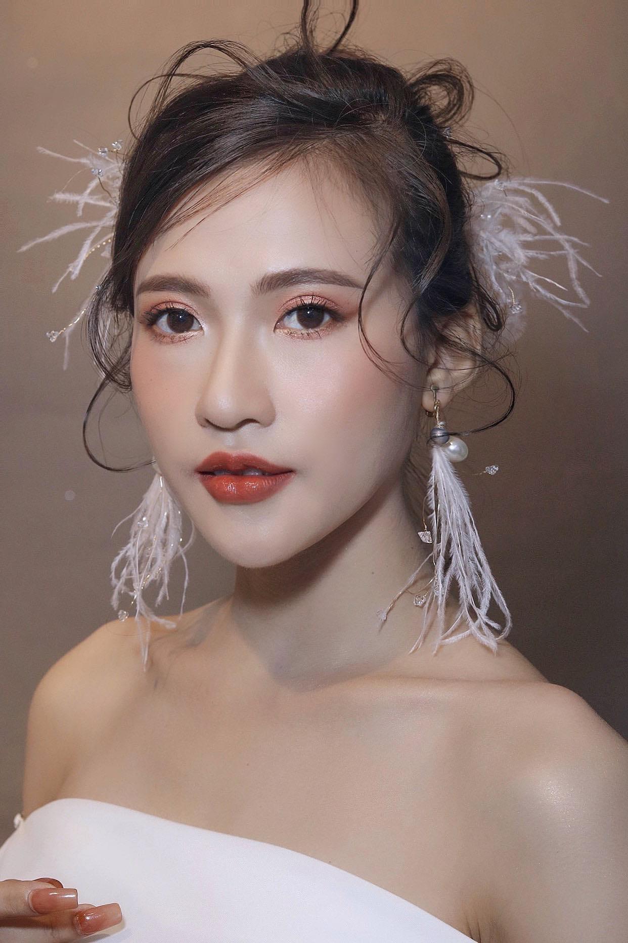 Top 6 tiệm trang điểm cô dâu đẹp nhất tại Bình Dương -  Đào Dương Thái Make up