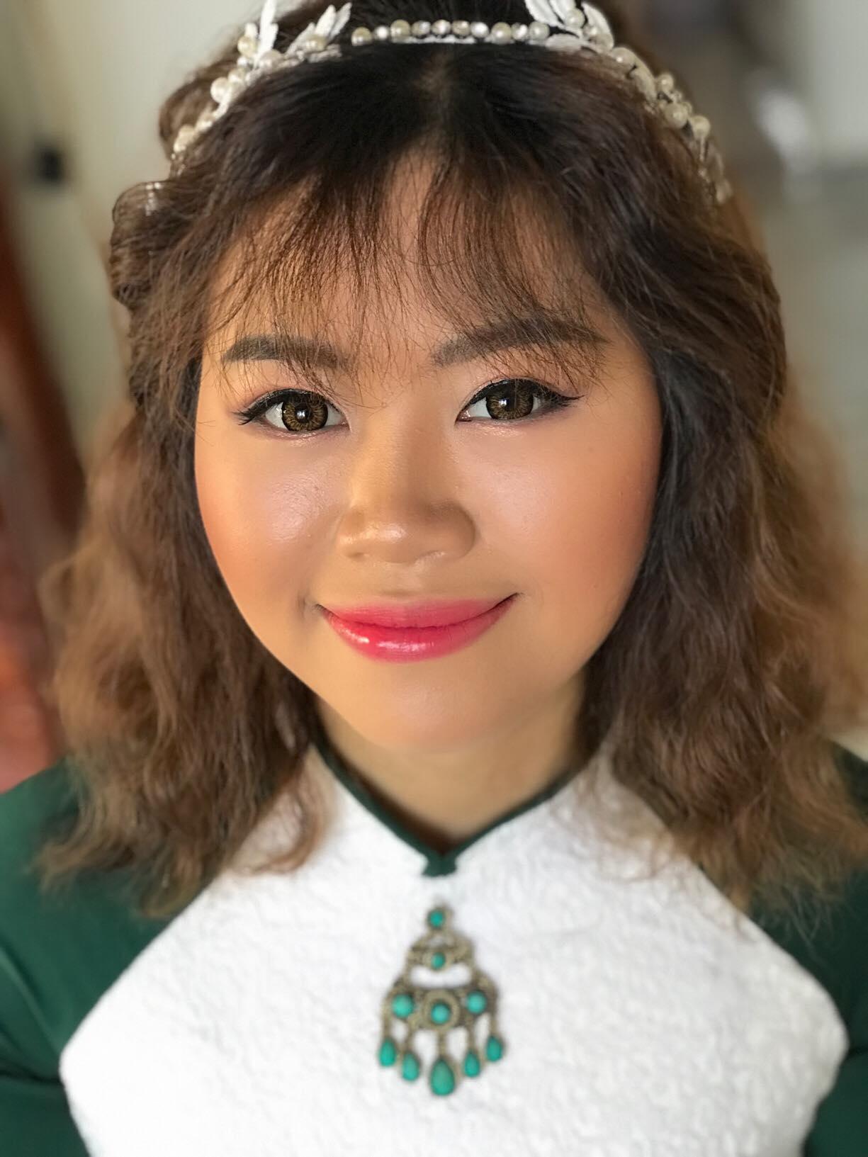 Top 5 tiệm trang điểm cô dâu đẹp nhất tại Hội An -  Hà Trần Make Up