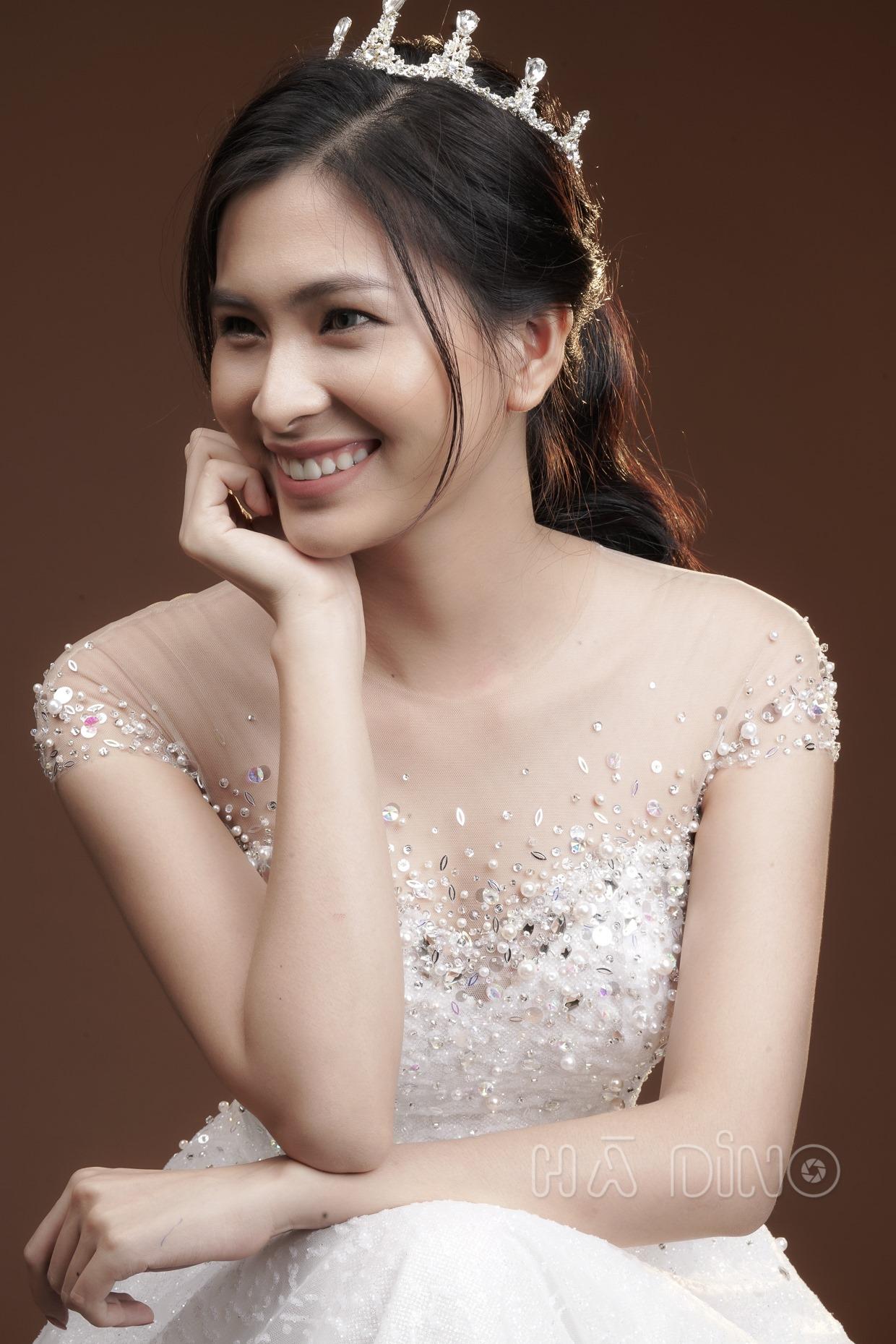 Top 7 tiệm trang điểm cô dâu đẹp nhất tại TP. Hồ Chí Minh -  Hà Dino Makeup Artist