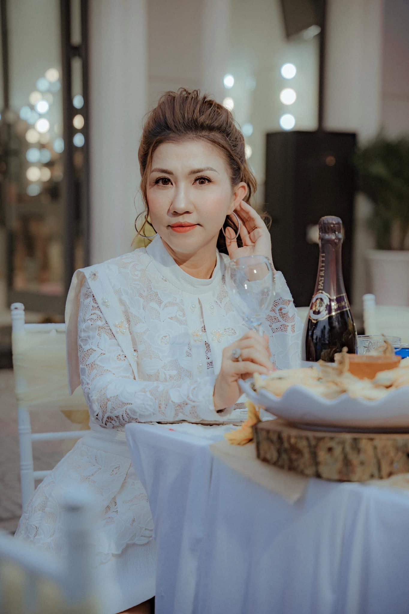 Top 5 tiệm trang điểm cô dâu đẹp nhất tại Vĩnh Long -  Vân Trang Make up Store