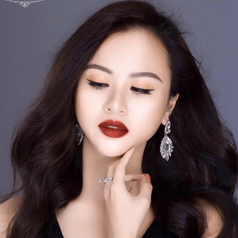 Top 7 tiệm trang điểm cô dâu đẹp nhất tại Đà Lạt -  MyKat Studio