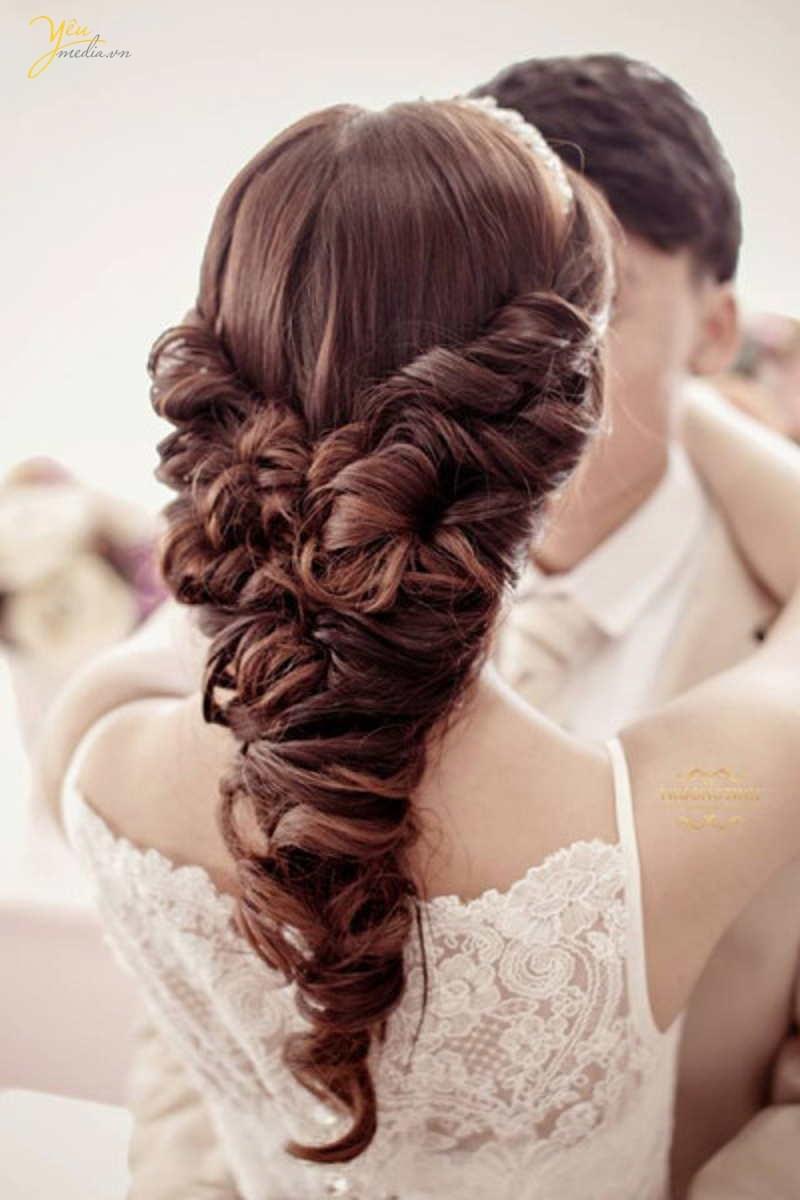 Top 7 tiệm trang điểm cô dâu đẹp nhất tại Hà Nội -  Yêu Media