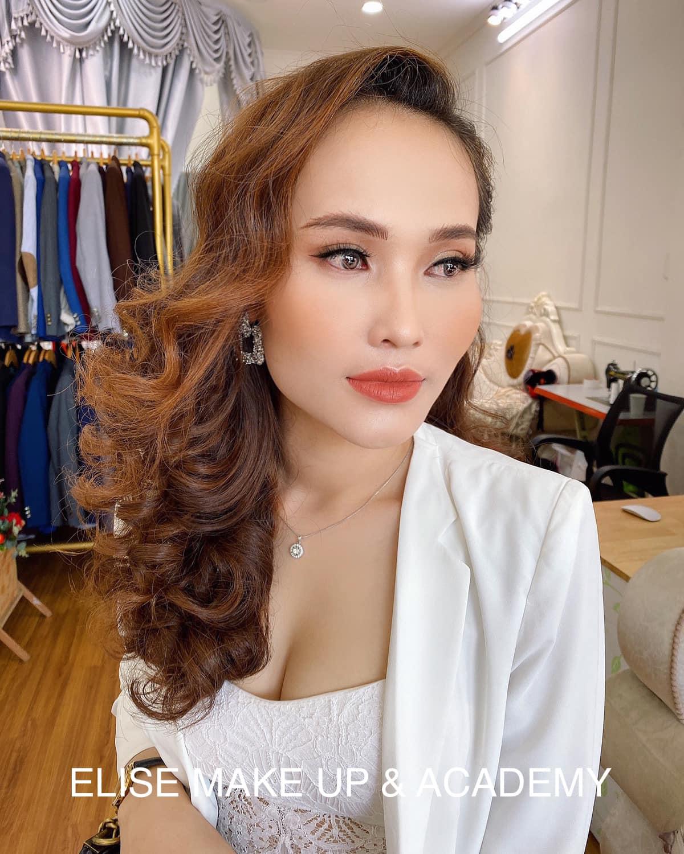 Top 7 tiệm trang điểm cô dâu đẹp nhất tại Long An -  Elise Trương make Up