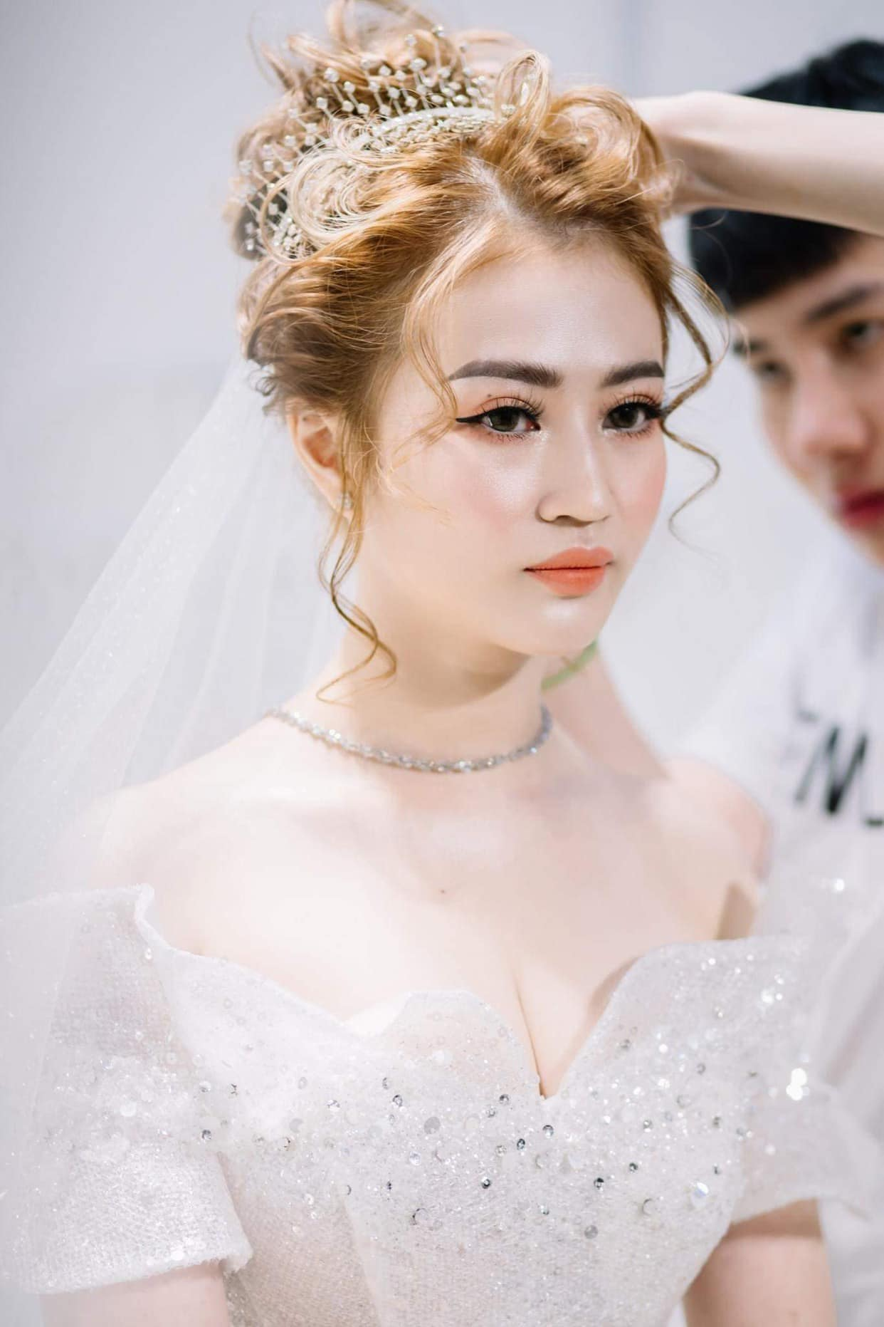 Top 7 tiệm trang điểm cô dâu đẹp nhất tại Tiền Giang -  Ngô Thanh Trung make up (Hồ Anh Khoa Studio)