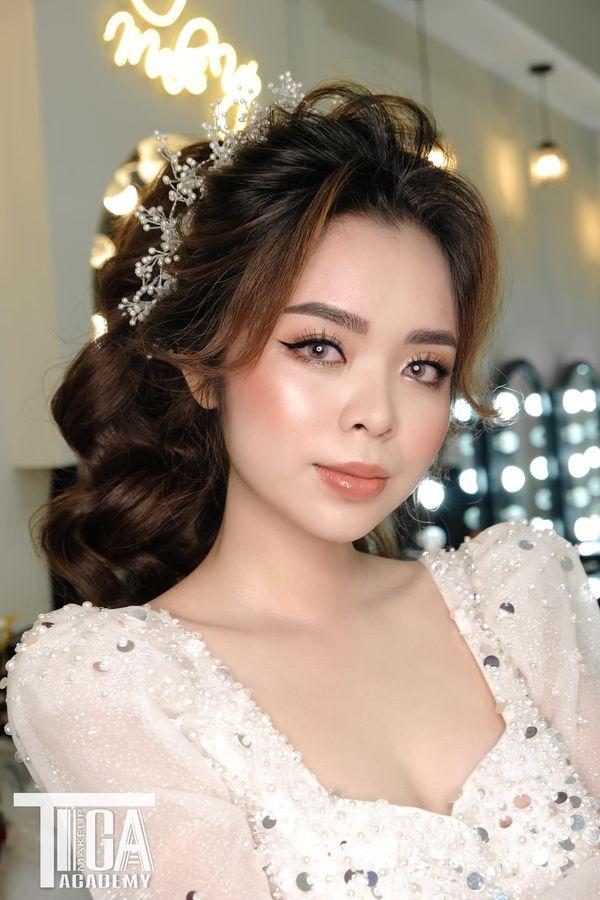 Top 5 tiệm trang điểm cô dâu đẹp nhất tại Vĩnh Long -  Tiga Make Up (Lê Kim Trang Make Up)
