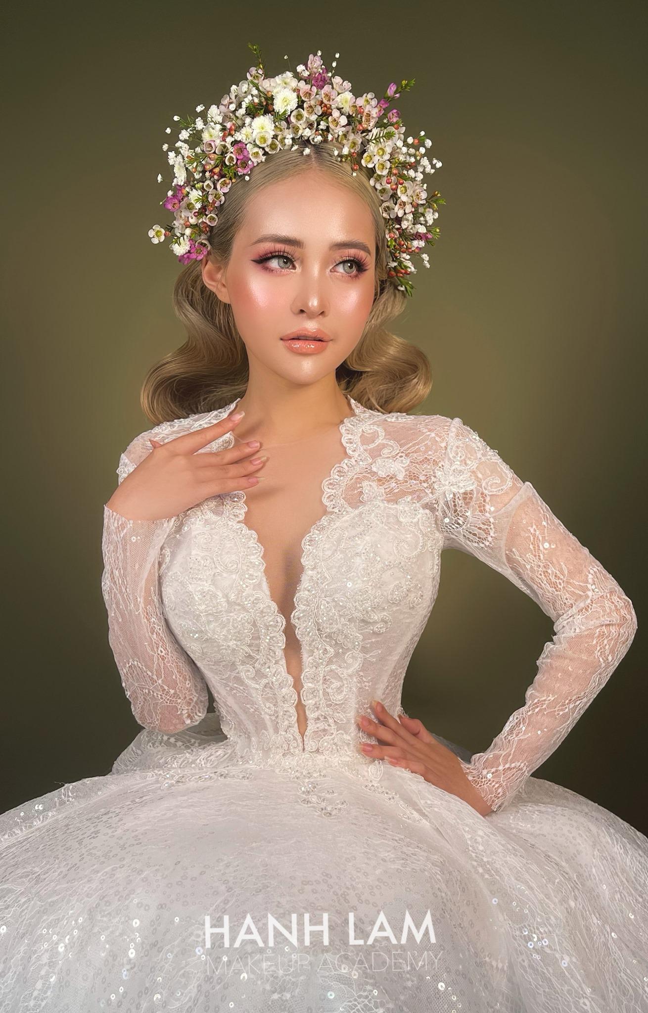 Top 7 tiệm trang điểm cô dâu đẹp nhất tại Hà Nội -  Hạnh Lâm Makeup & Academy