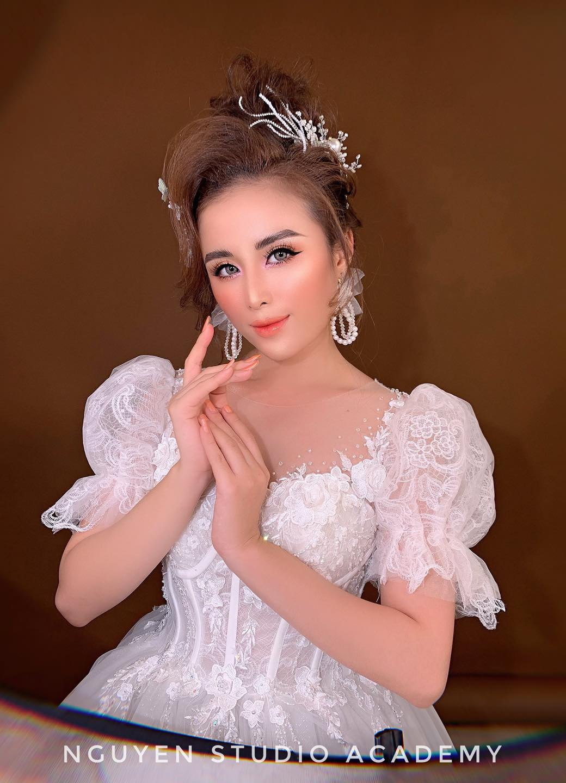 Top 7 tiệm trang điểm cô dâu đẹp nhất tại Long An -  Áo Cưới Nguyễn